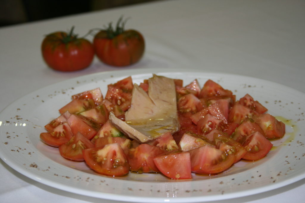 Plato de tomates